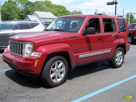 jeep liberty 2010 interior 2010 jeep liberty 200 interior and exterior images