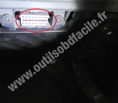 Diagnostic Port Car by Obd2 Connector Location In Volkswagen Polo 2002 2009