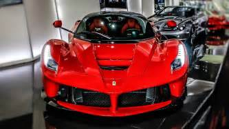 Car Sales In Dubai Dubai Car Dealership Has Two Different Laferraris