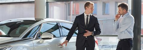 auto loan broker salary