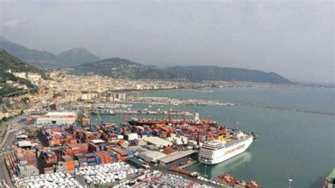 porti napoli porti napoli e salerno crescita significativa dei