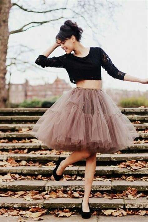 Rok Tutu Katun Salur Pink wear tulle skirts if you feel like a princess 2018 fashiongum