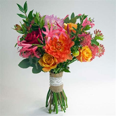 Wedding Bouquets Uk by Bridal Flower Bouquets A Gallery Of Beautiful Arrangements