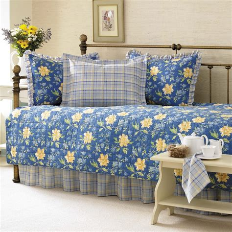 Daybed Bedding Sets Bedroom Beautiful Daybed Bedding Sets And Wrought Iron Daybed And Area Rug Plus Interior Paint