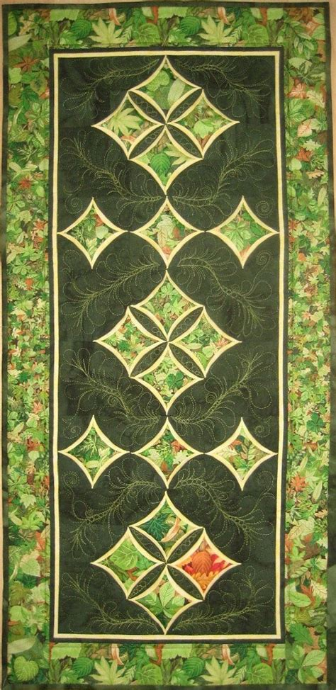 cathedral window runner 63 best quilt wedding ring cathedral window images on