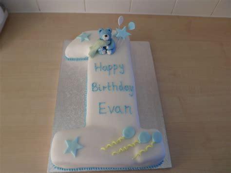 hannahs buns blog baby boys st birthday cake