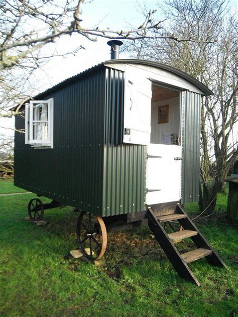 shepherds huts living 1445621363 25 best ideas about shepherds hut for sale on