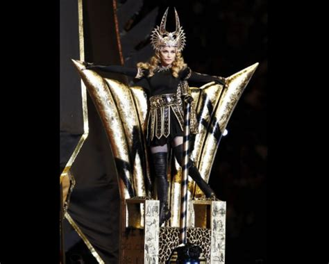 baphomet illuminati veritas aequitas madonna at the bowl 2012 as anubis