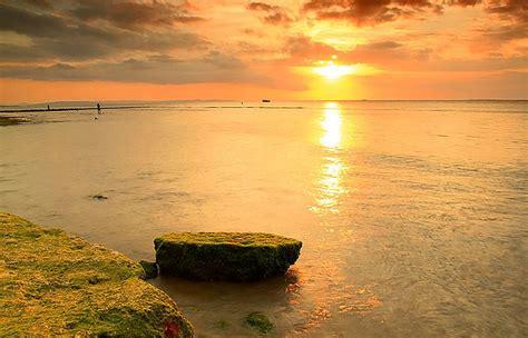 berkaspemandangan senja  pantai pasir panjang kupang