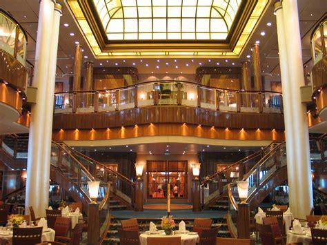 Britannia Dining Room Qm2 Aboard A 2 Transatlantic Crossing