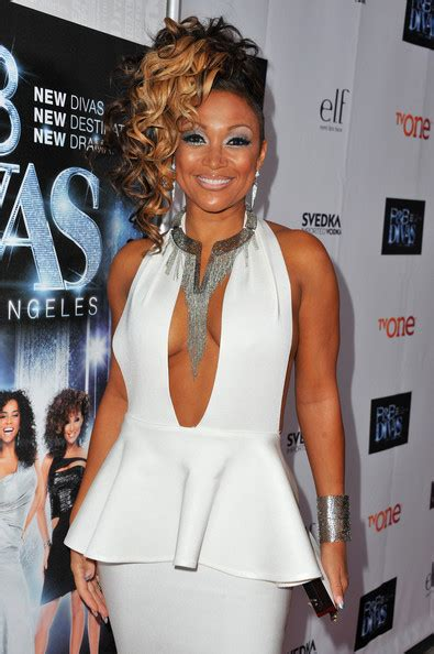 chante moore hair styles on r b diva r and b divas hair styles hairstylegalleries com