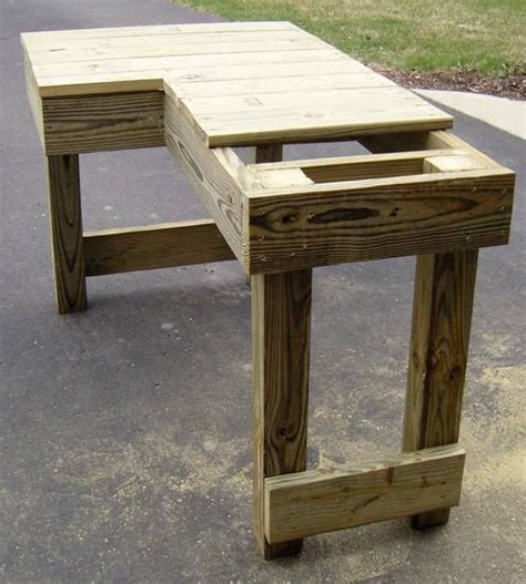 shooting bench dimensions shooting bench for a right handed shooter he s not added a seat but it could easily