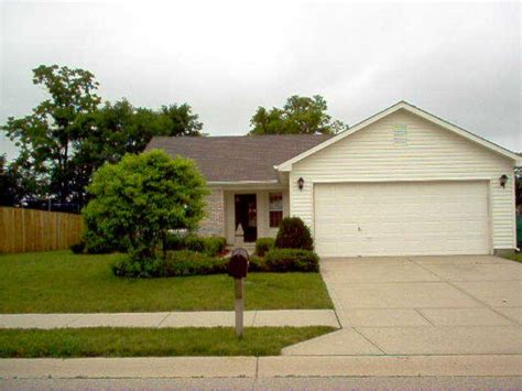 16 w flat rock dr westfield indiana 46074 detailed