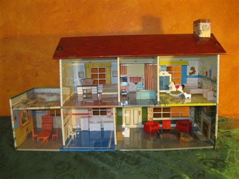 tin doll house vntg 1950s 60s marx 2 story tin litho metal dollhouse furniture ebay