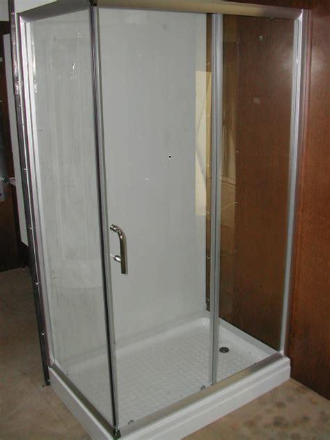 cabina doccia completa cabina doccia completa di piatto raccordi tubi innocenti