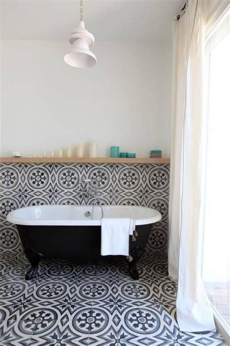 trendy bathroom colors best 25 bathroom trends ideas on pinterest home trends