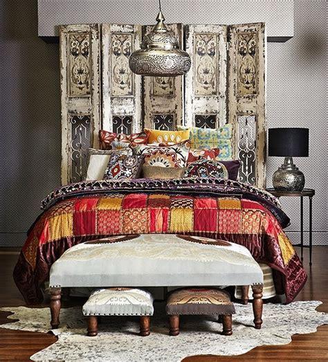 Moroccan Bedroom Designs 66 Mysterious Moroccan Bedroom Designs Digsdigs