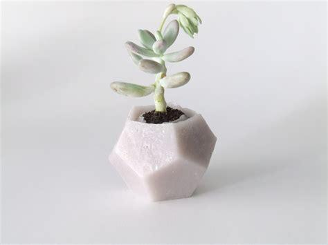designboom vase keli eco vase is made from fragranced wax designboom shop