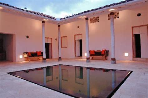 patio interior opiniones foto de casa oniri hotel boutique barichara patio