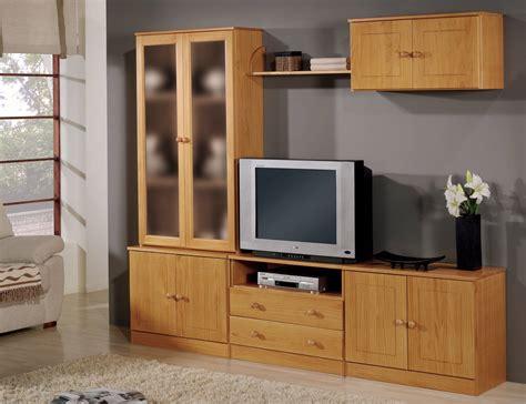 muebles de salon comedor de madera de pino en color miel