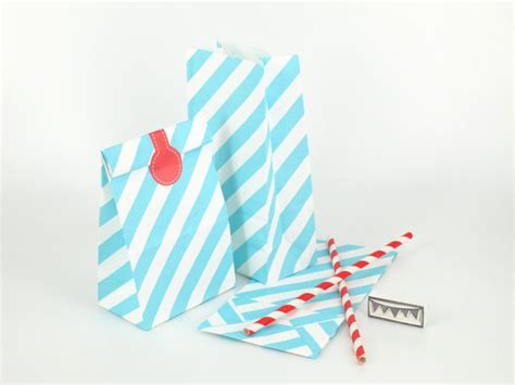 Standing Favor Bags 20 blue white stripes standing bags paper favor bags with