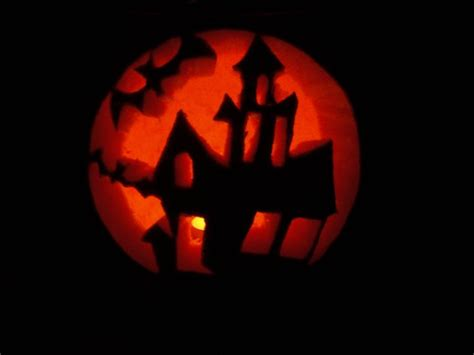 haunted house pattern for pumpkin carving 219