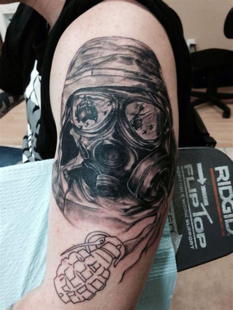 oliver kalkofen gas mask tattoo tattoo pinterest gas