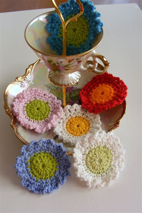 Quilted Cupcake by Quilted Cupcake Crochet Flower Garland Tutorial