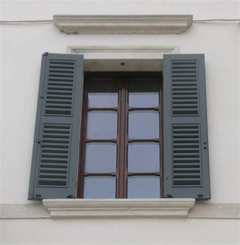 persiane antiche finestre antiche in legno