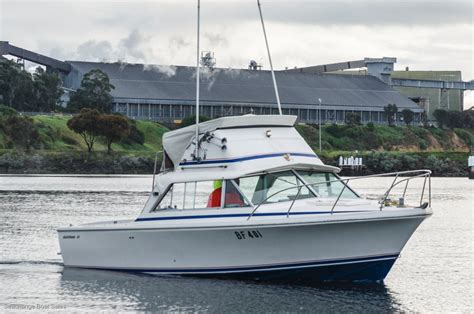 flybridge boats for sale singapore used bertram 25 flybridge comes with a tandem road trailer