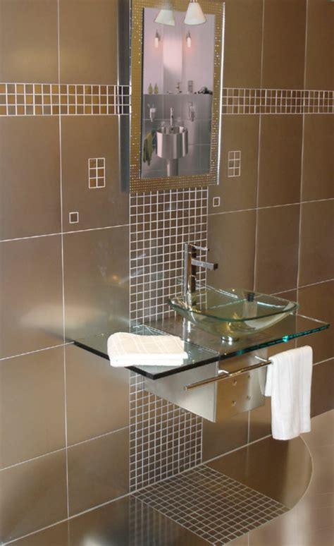 Badezimmer Fliesen Akzente bad mit mosaikfliesen 34 interessante ideen