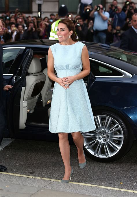 Kate Middleton Pregnancy Wardrobe by A Busy Duchess Kate Middleton Steps Out For Third