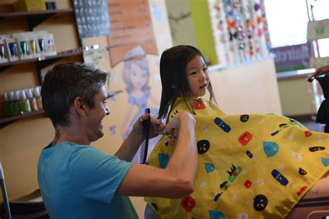 toddler haircuts chicago premier kid s salon in chicago