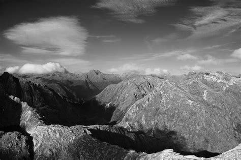foto gratis hitam putih gambar pegunungan alam lanskap