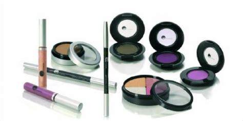 Maskara Dan Eyeliner kapan waktu yang tepat mengganti kosmetik anda merdeka
