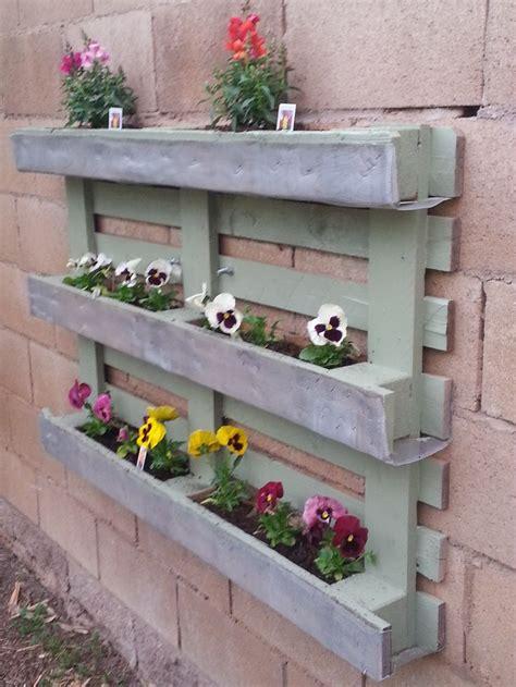 pallet planter boxes 15 diy pallet planter box ideas pallet idea