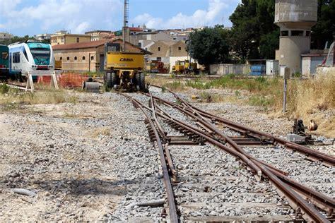 menfi al via interventi di manutenzione stradale menfi lavori al deposito locomotive di castelvetrano