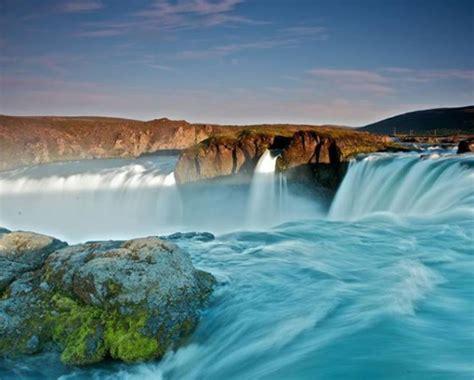 beautiful waterfalls the most beautiful waterfalls of iceland fripito