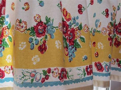 Garden Floral Retro Kitchen Valance 47 X 14 New Fabric
