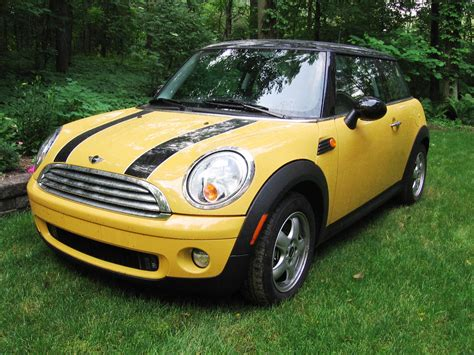 Mini Cooper Yellow by Transport