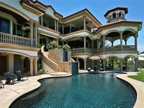 Beachfront House Plans by Maison Luxe Bord De Mer 224 Naples En Floride Id 233 Es De