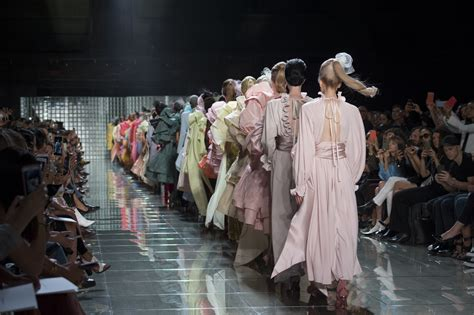 best of new york fashion week top 10 models of new york fashion week 2019 the