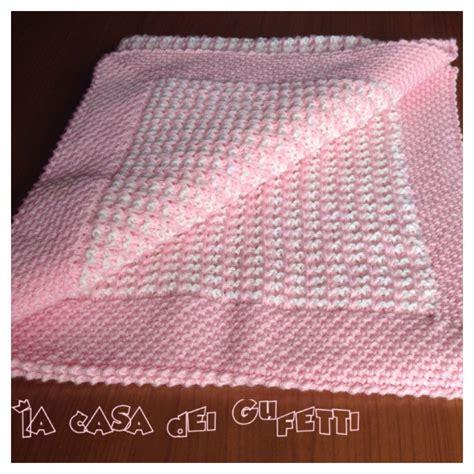 copertine per culle ai ferri copertina rosa e per passeggino realizzata ai ferri