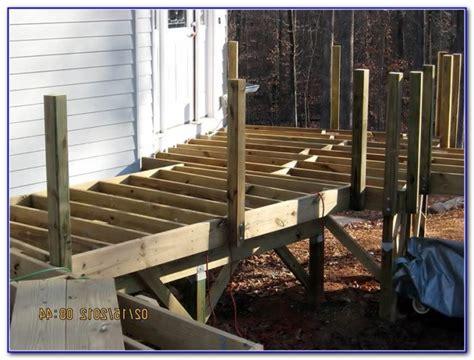 wood deck railing post spacing deck railing post blocking decks home decorating ideas