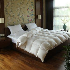 how to fluff up a down comforter goose down comforter best midrange goose down comforter