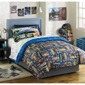 skateboard bed skateboard bedding totally kids totally bedrooms kids bedroom ideas