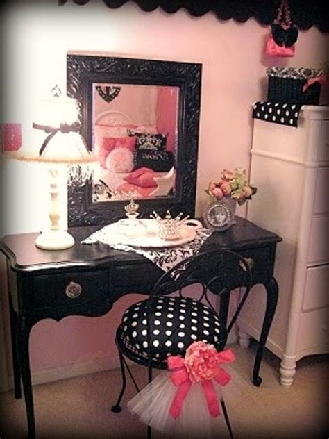 things to buy for bedroom 25 best ideas about paris themed bedrooms on pinterest