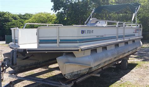 usa pontoon sun tracker party barge pontoon boat 1993 for sale for