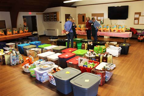 Cape Food Pantry by Cape Elizabeth United Methodist Church 187 Archive