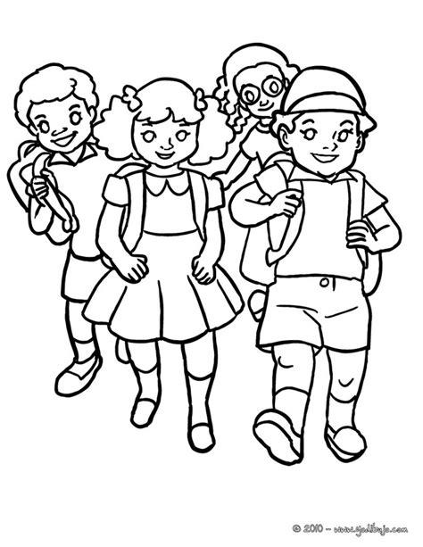 dibujos navideños para colorear en linea dibujo para colorear grupo de alumnos llegando a la